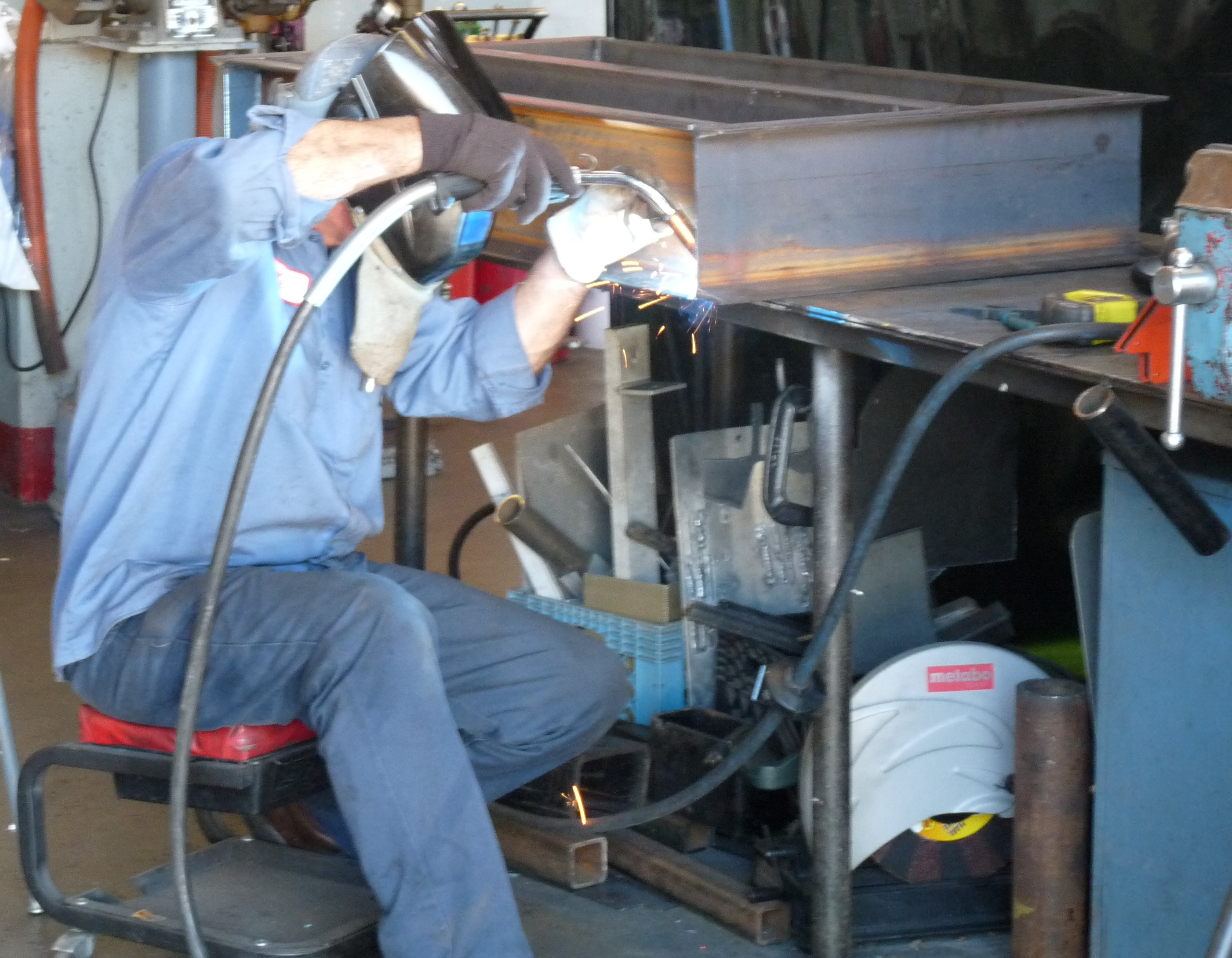 Service Metal Fabrication Toronto : Metal fabrication